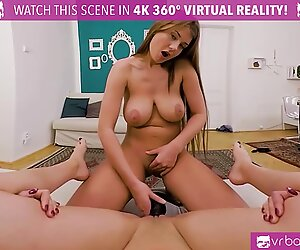 VR PORN-Sorority sisters take their friendship to the next step! - Lucy Li