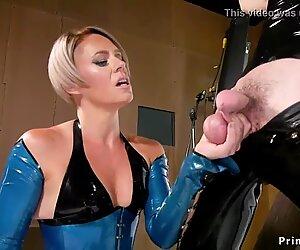 Milf in latex anal bangs gagged male sub