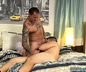 Hairy hunk jizzed over