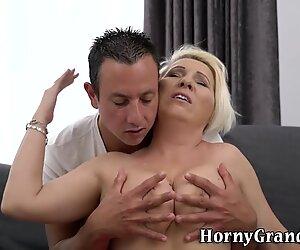 Mature woman tits jizzed