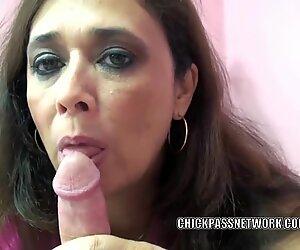 bodacious cougar Alesia pleasure licks balls and sucks dick