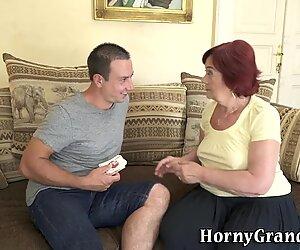 Mature gilf gets facial after sucking