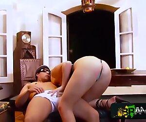 Loira Gostosa senta na rola - Milena Santos - Frotinha porn starlet