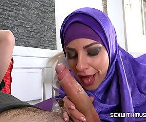 big fake muslim tits Nathaly Cherie