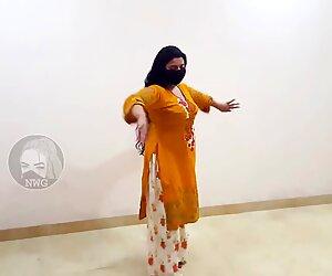 Gadi To Manga Dy Pakistani Mujra Dance Sexy Dance Mujra