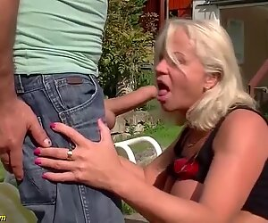 hot 73 years old mom first big chisel anal invasion drill